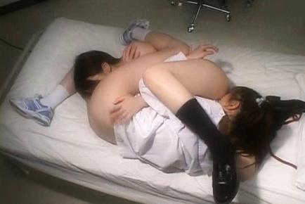 lesbian Japaneese schoolgirls