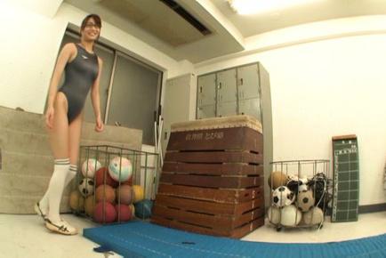 Mikuni maisaki. Mikuni Maisaki Asian puts dildo on cans and taked gym suit off
